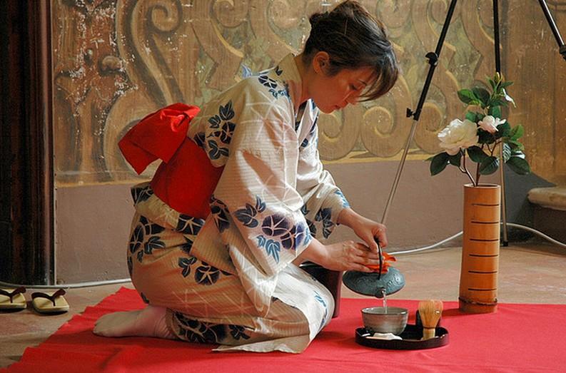 Выкройка кимоно схема  MIUKI MIKADO  Виртуальная Япония